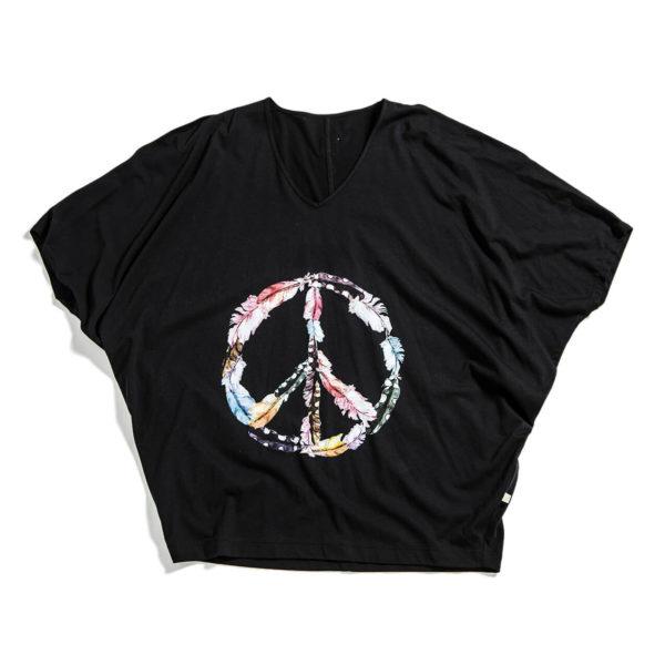Top i svart med stort peace-tecken av färgglada fjäderar.