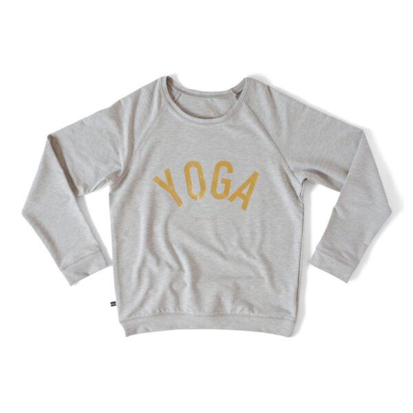 Grå sweatshirt med texten YOGA i guld.