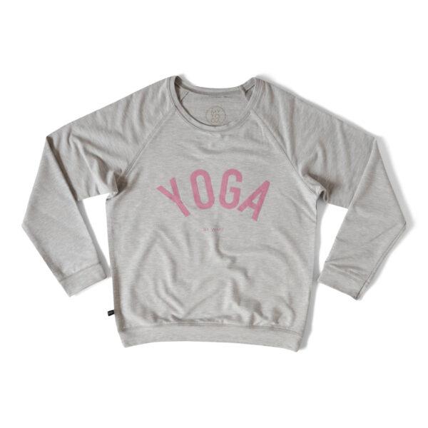 Grå sweatshirt med texten YOGA i rosa.